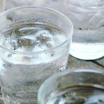 每天要喝8杯水?真的没必要