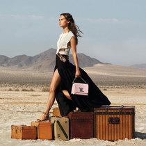 由Michelle Williams和Alicia Vikander倾情出演路易威登呈现全新旅行的真谛广告特辑
