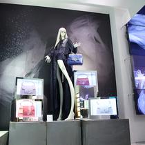 TRUSSARDI新款LOVY包袋亮相LUISAVIAROMA概念店