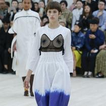 #Suzy巴黎时装周:Céline - 女性世界