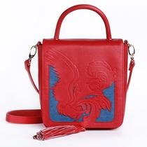 遛园舞凤 奇肌赋活 伊丽莎白雅顿携手吉承跨界设计鸡年限量版礼品手包