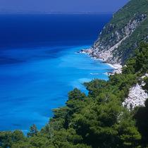 在这8个地方,你可以看到世界上最蓝的海水
