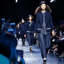 Suzy巴黎时装周:Christian Dior – 加入女权大军!