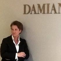 DAMIANI委任劳拉·曼乐丽(LAURA MANELLI) 为奢侈品业务部门总经理,  以期实现公司发展、扩张和拓展新商机等优先目标。