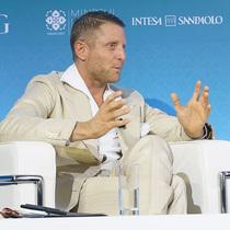 康泰纳仕国际奢侈品会议:Lapo Elkann谈拥抱正念