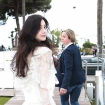 范冰冰身着 Chloé 现身平遥国际电影周在戛纳电影节推广活动