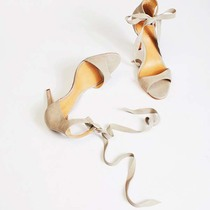 """穿上一字带 就相当于穿上凉鞋界的""""比基尼""""-衣Q进阶"""