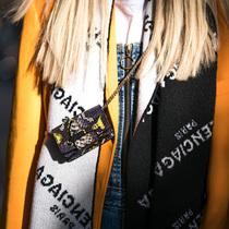 一条围巾 围住女人的安全感与时髦-风格示范