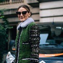 温暖又显脸小 加个毛领就是和普通外套不一样-时尚街拍