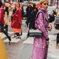 纽约时装周街拍趋势 PVC和超大号风衣-时尚街拍