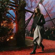 #SuzyPFW Hermès: Twilight Zone-Suzy Menkes专栏