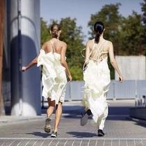 喜歡夏天的理由啊 是因為可以穿小白裙-衣Q進階