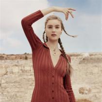 施华洛世奇2019春季系列 尽显璀?#34917;?#24425;、时尚品味与深刻寓意-品牌新闻