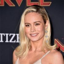 《惊奇队长》洛杉矶首映 布丽·拉尔森一袭金色长裙-星话题