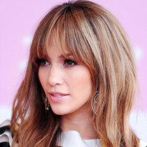《Vogue》精选 30 种最好看的刘海-美发