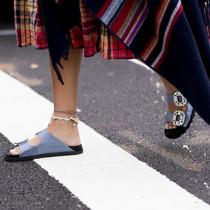脚踝上的装饰品,过了这季就来不及戴了-衣Q进阶