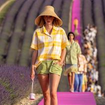 Vogue前往普羅旺斯薰衣草田見證Jacquemus 10周年大秀 -時裝大片