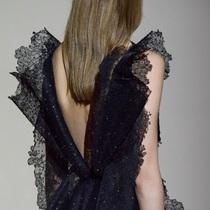 越高级的衣服 越懂得去迎合女人的身体-时尚圈