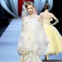 史上最佳秀場新娘禮服靈感-時尚圈