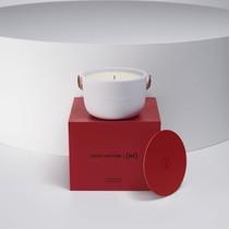 路易威登攜手(RED)推出路易威登 | (RED)香氛蠟燭, 為抗擊艾滋病貢獻力量。-品牌新聞
