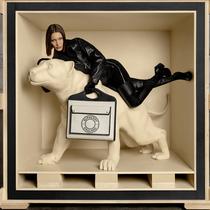 Burberry正式发布「Pocket 口袋包」广告大片-品牌新闻