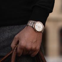 欧米茄发布碟飞系列全新典雅腕表-行业动态