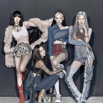 韩国人气女团四人组Blackpink再度推出新作-时尚圈