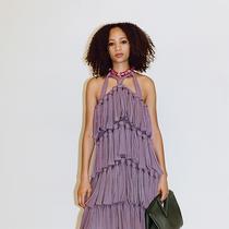 Bottega Veneta度假系列锁定90年代淡紫色为今夏最火流行色-趋势报告