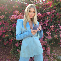 清新通勤的淺色西裝穿搭,從今天開始做個時髦靚麗的打工人吧!-時尚街拍