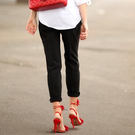 """踩着高跟鞋还能""""好好走路"""" 这些舒适鞋子值得拥有"""
