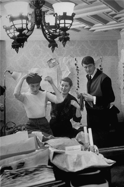 高级时装大师Hubert de Givenchy逝世,享年91岁