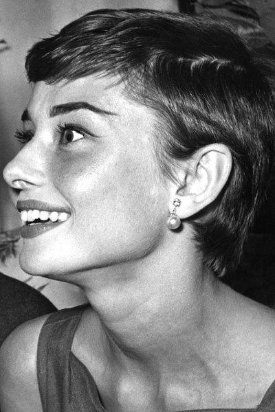 從奧黛麗·赫本到艾瑪·沃特森, 30種永不過時的精靈短發