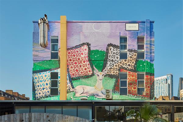 古驰推出Gucci Décor家饰系列主题艺术墙