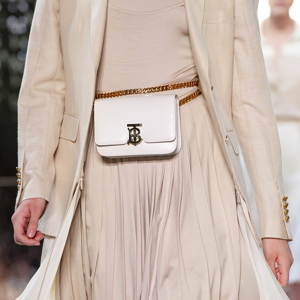 Belt Bag,这个春夏不妨尝试点不一样的
