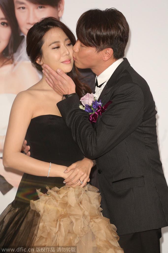 2014年8月31日,台北,陶喆携爱妻江佩蓉现身大婚现场。
