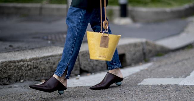 """3双凉鞋时髦一个夏天 """"鹌鹑蛋鞋跟""""太可爱了"""