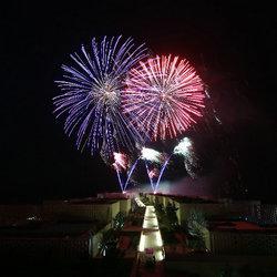 新年要宁静也要浪漫,不如去青岛涵碧楼看海上烟花秀