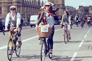 伦敦复古骑行尽显英伦范儿