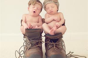 这样的宝宝写真 别说你的心还没被萌化