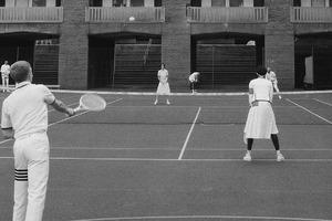 致敬网球运动 Thom Browne的网球主题新系列